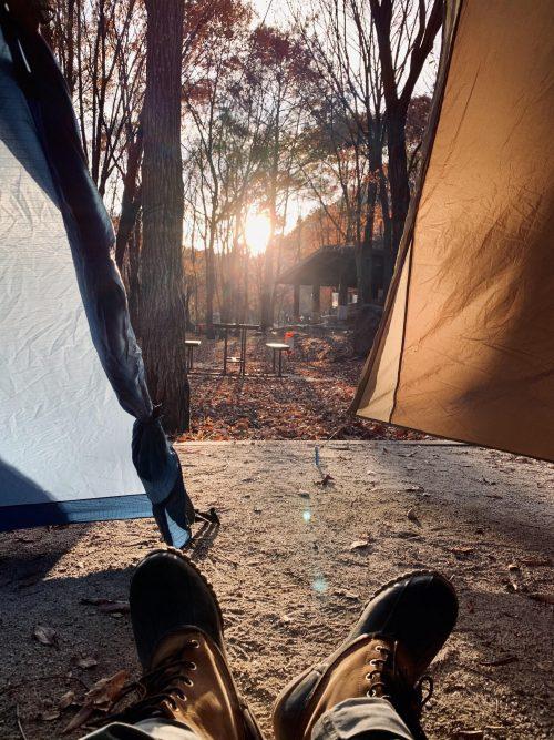 지리산 둘레를 돌아다니며 종종 캠핑을 할 때가 있어요. 같은 지리산인데도 숲에 있다보면 매 번 새롭게 느껴져요. (출처 ; 하무)