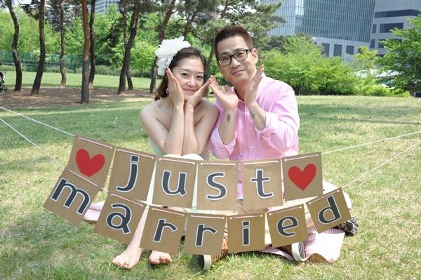 7월 5일 부부가 된 결혼기념 기부자 백정연 님(왼쪽)과 이승일 님.